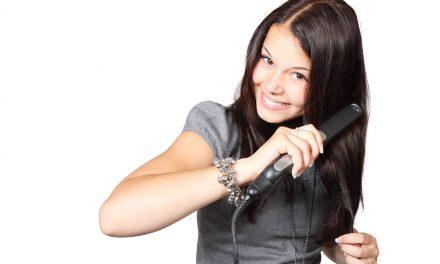 Le lissage de cheveux